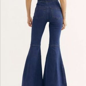 FREE PEOPLE KNOW ME BETTER EXTREME FLARE JEANS